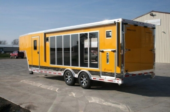Clear Trailers